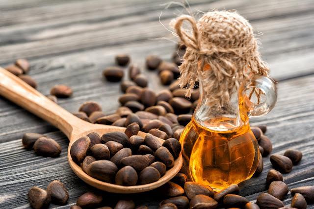 Cedarwood oil essential-oils-natural-oils-for-control-fleas-essential-oils-for-fleas-on-dogs-fleas-and-ticks-natural-oils-to-remove-fleas