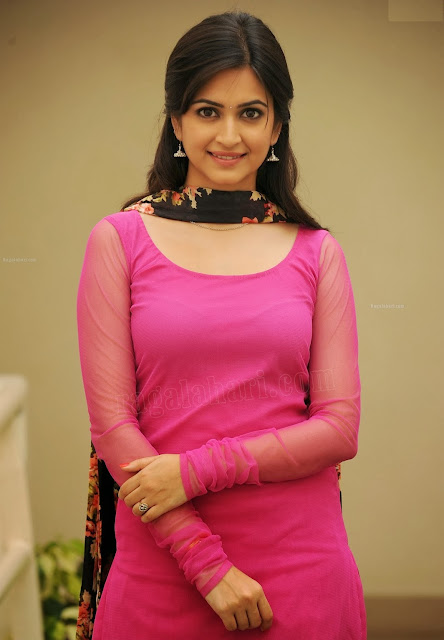 Kriti Kharbanda HD Wallpapers Pics
