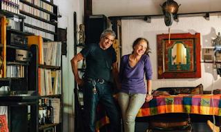 Είναι 43 χρόνια μαζί και έχουν ταξιδέψει σ' όλο τον κόσμο