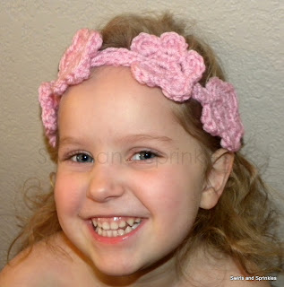 Swirls and Sprinkles: Free crochet flower headband crown pattern
