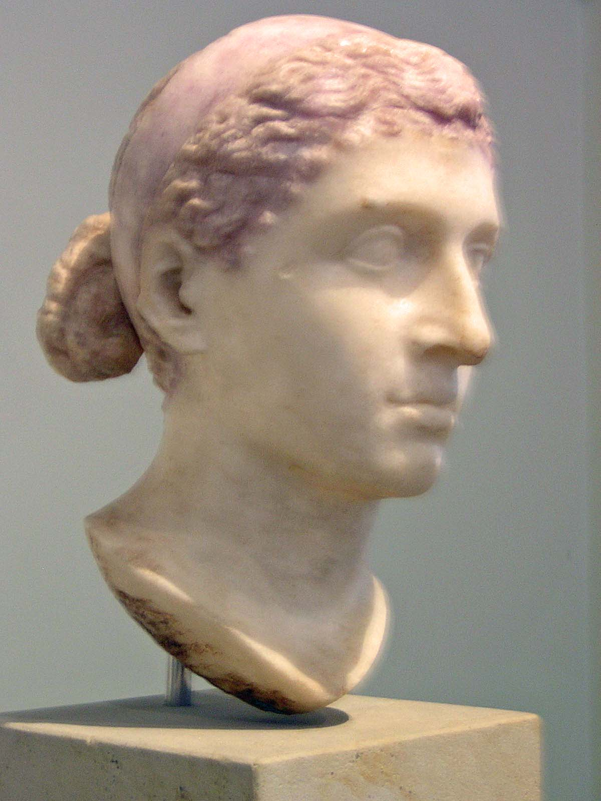 The Life of Queen Cleopatra of Egypt - History of Cleopatra VII