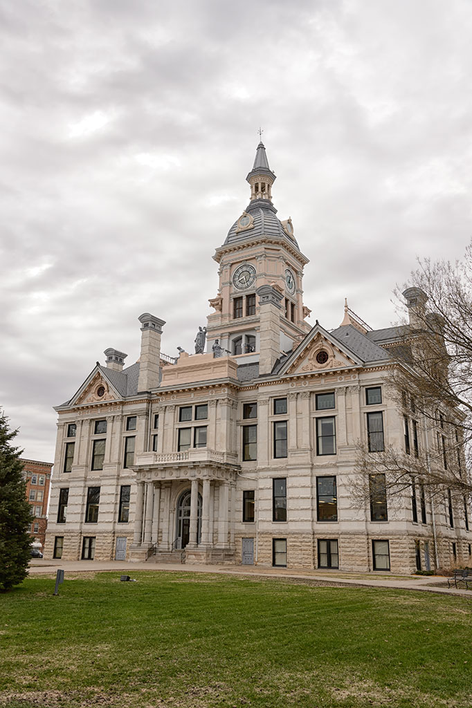 Marshall County Courthouse, Marshaltown, IA