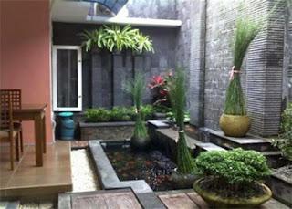 kolam ikan minimalis lahan sempit, kolam ikan minimalis halaman rumah, kolam ikan minimalis lahan sempit di halaman rumah
