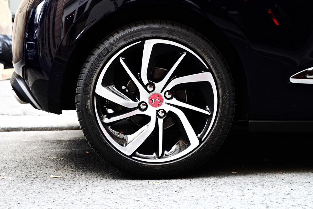 BLOG_MODE_HOMME_STYLE_DS3-ines-de-la-fressange-automobiles-editions-limite-voiture-luxe-premium-haut-gamme-test - 8