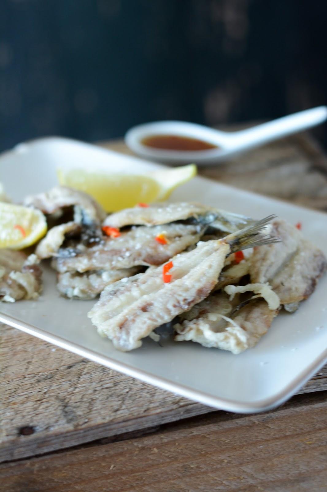 chic chic chocolat tempura de sardines comment enlever les ar tes d 39 une sardine. Black Bedroom Furniture Sets. Home Design Ideas