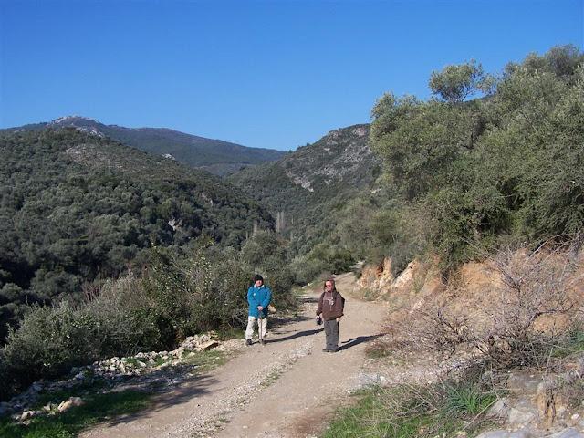 Balatçık - Şirince yolunda gezginler