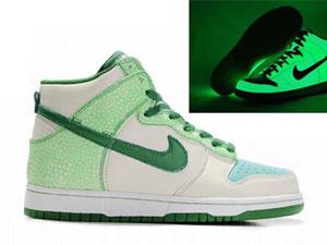 Nike High Tops For Women: Glow In the Dark Shoes Nike High ...  Nike High Tops ...