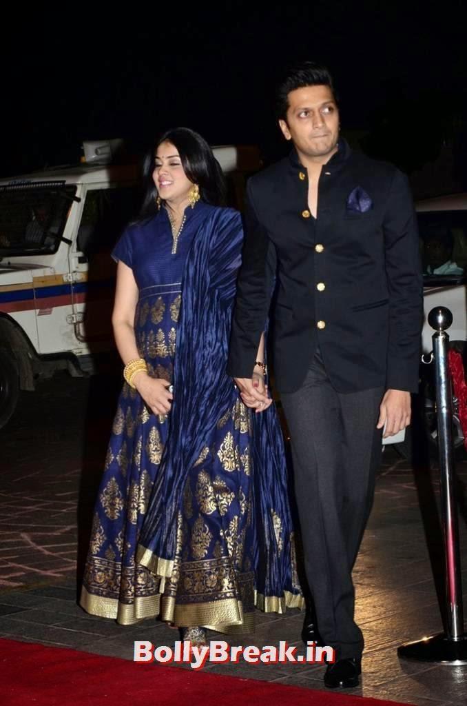 Genelia images, Pregnant Actress Genelia Latest Pics in Blue Dress