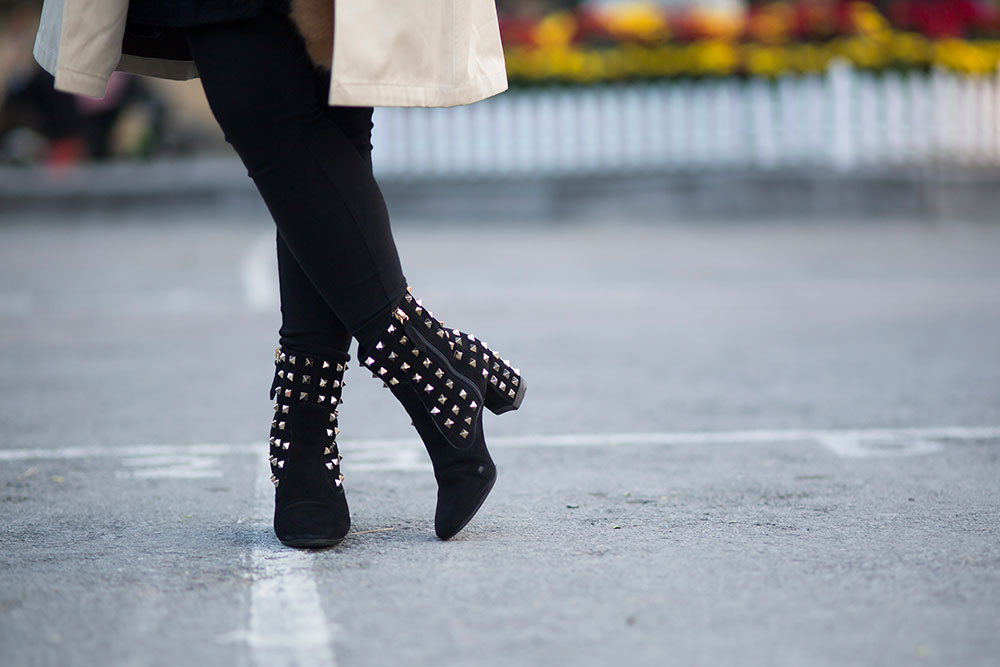 Crystal Phuong- Fashion Blog- Valentino studded booties