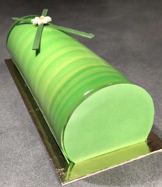 recette bûche yaourt kiwi citron vert grolet glaçage miroir ksenia penkina