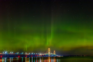 Aurora-Boreal-Michigan-Ponte-Mackinac