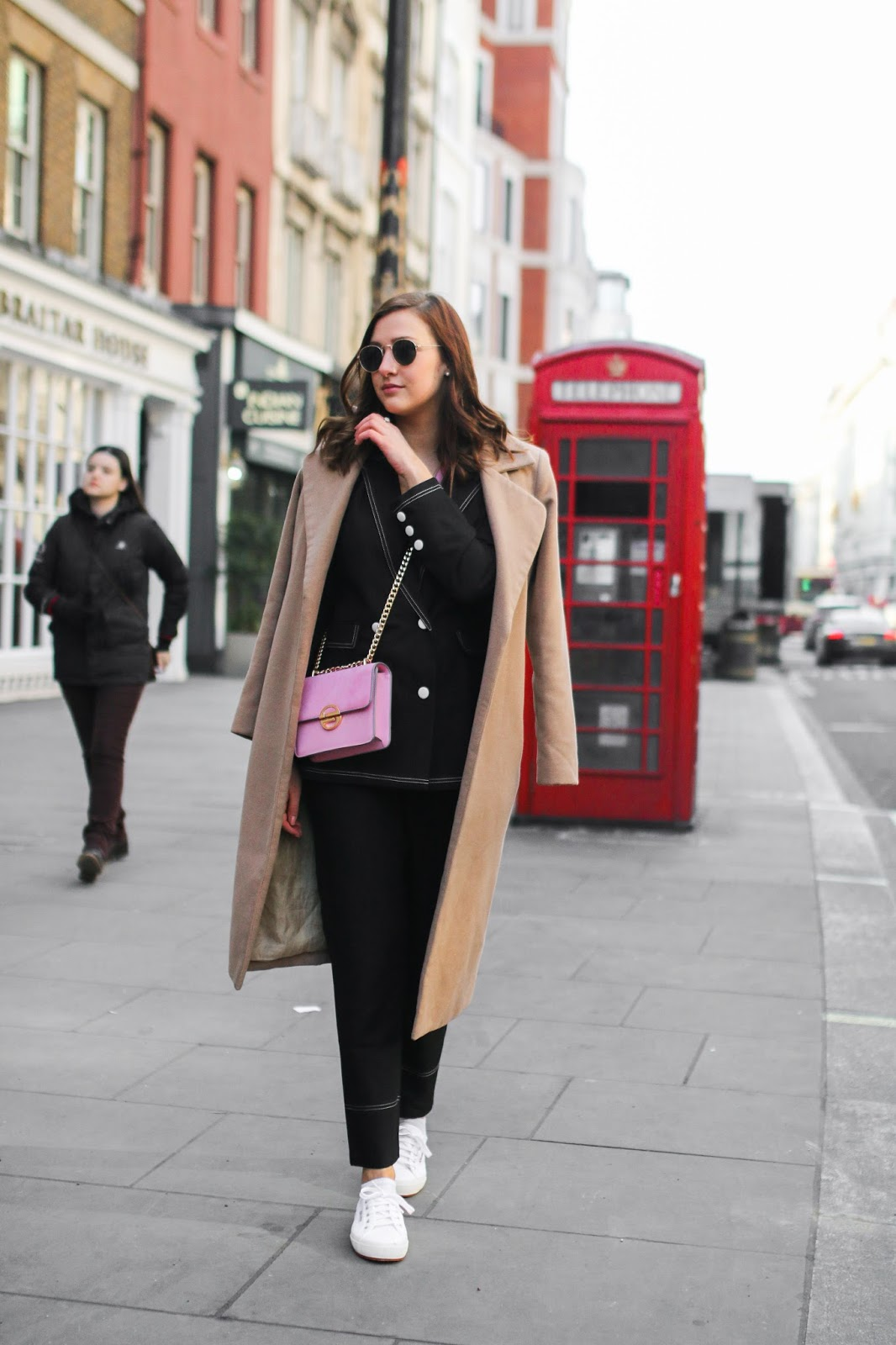 Lauren Rose Style - The Black Contrast Stitch Suit Missguided Trend Street Style London Blogger Fashion Outfit