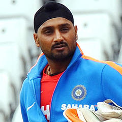 Harbhajan Singh, Biography, Profile, Age, Biodata, Family , Wife, Son, Daughter, Father, Mother, Children, Marriage Photos.