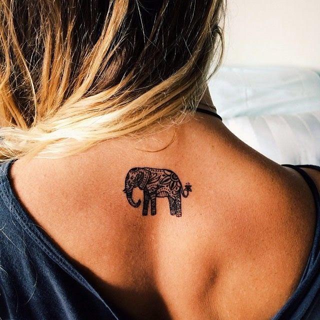 imagens con tatuajes de mujeres , en l imagen una chica tatuada