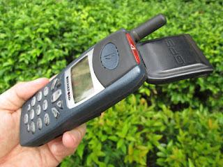Hape Langka Benefon Track GPS Phone Seken