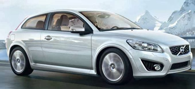 Cars & Fuses: 2013 Volvo C30 - Fuses