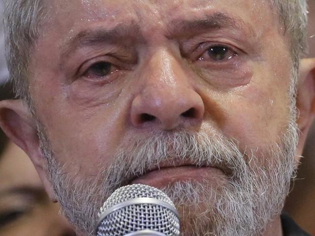 Lágrimas de crocodilo de Lula não salvará o PT... Michell Hilton