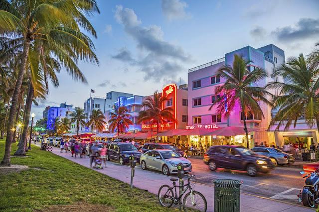 Caminhada pelo Deco District em Miami
