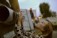Buy Me: μια περφόρμανς για τον homo consumens, σε σύλληψη και σκηνοθεσία Νατάσας Νταϊλιάνη