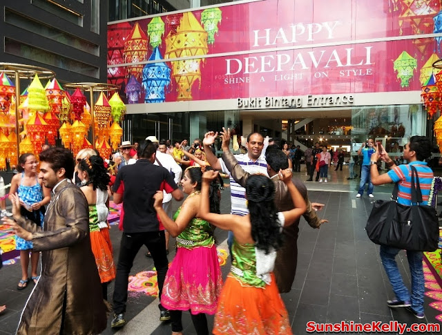 Deepavali, Pavilion KL, festival of light, kolam, making kolam, dance, indian dance, bhangra