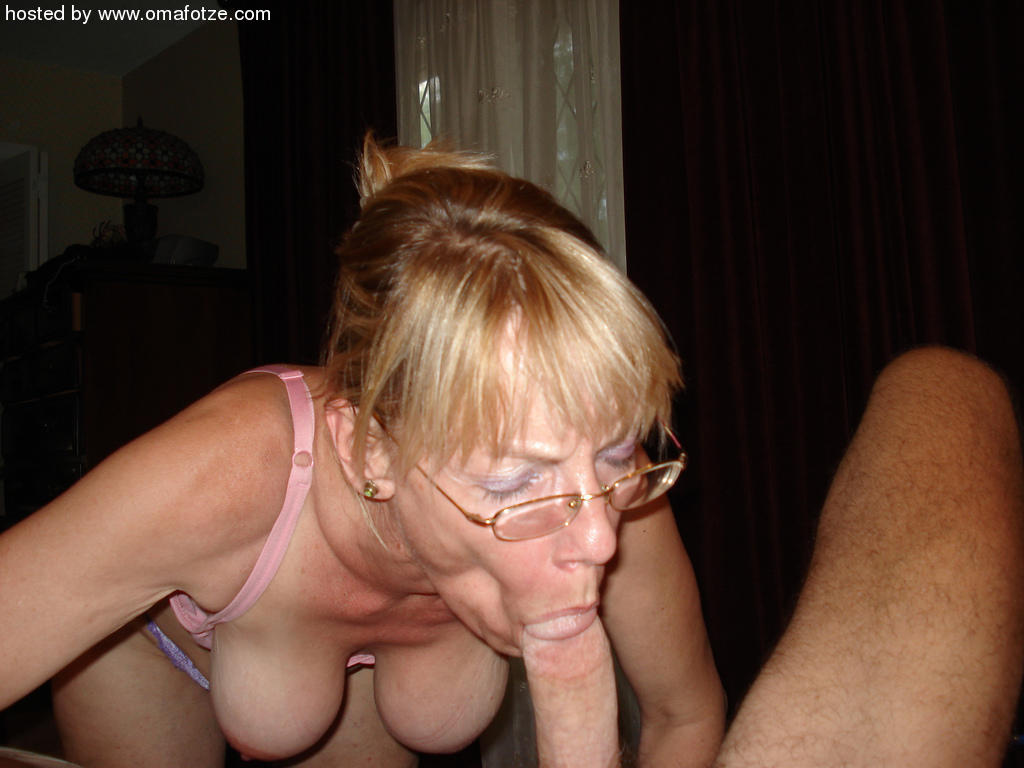 mature blowjob Older woman