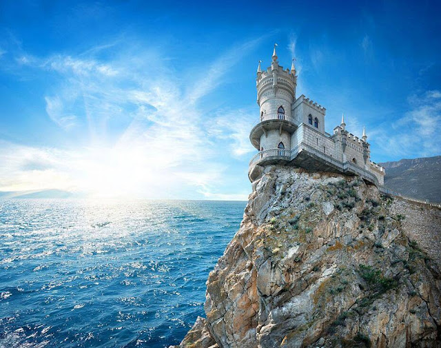 The Swallow's Nest Castle in Crimea