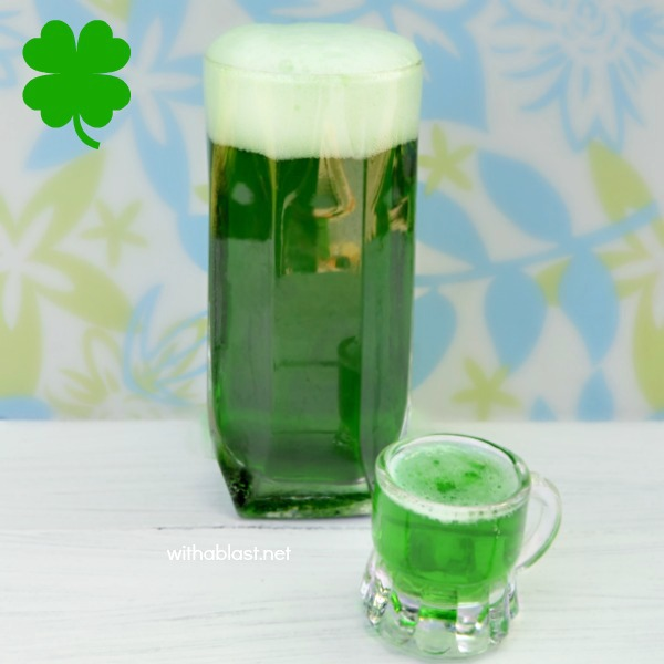 Everyone celebrating St Patrick's Day should know How To Make A Green Beer ! Easily !