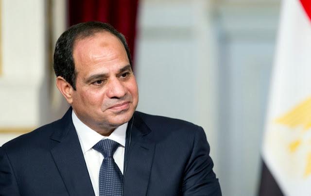 شاهد ما امر به الرئيس السيسى وزير الطيران فور اختطاف الطائرة المصرية