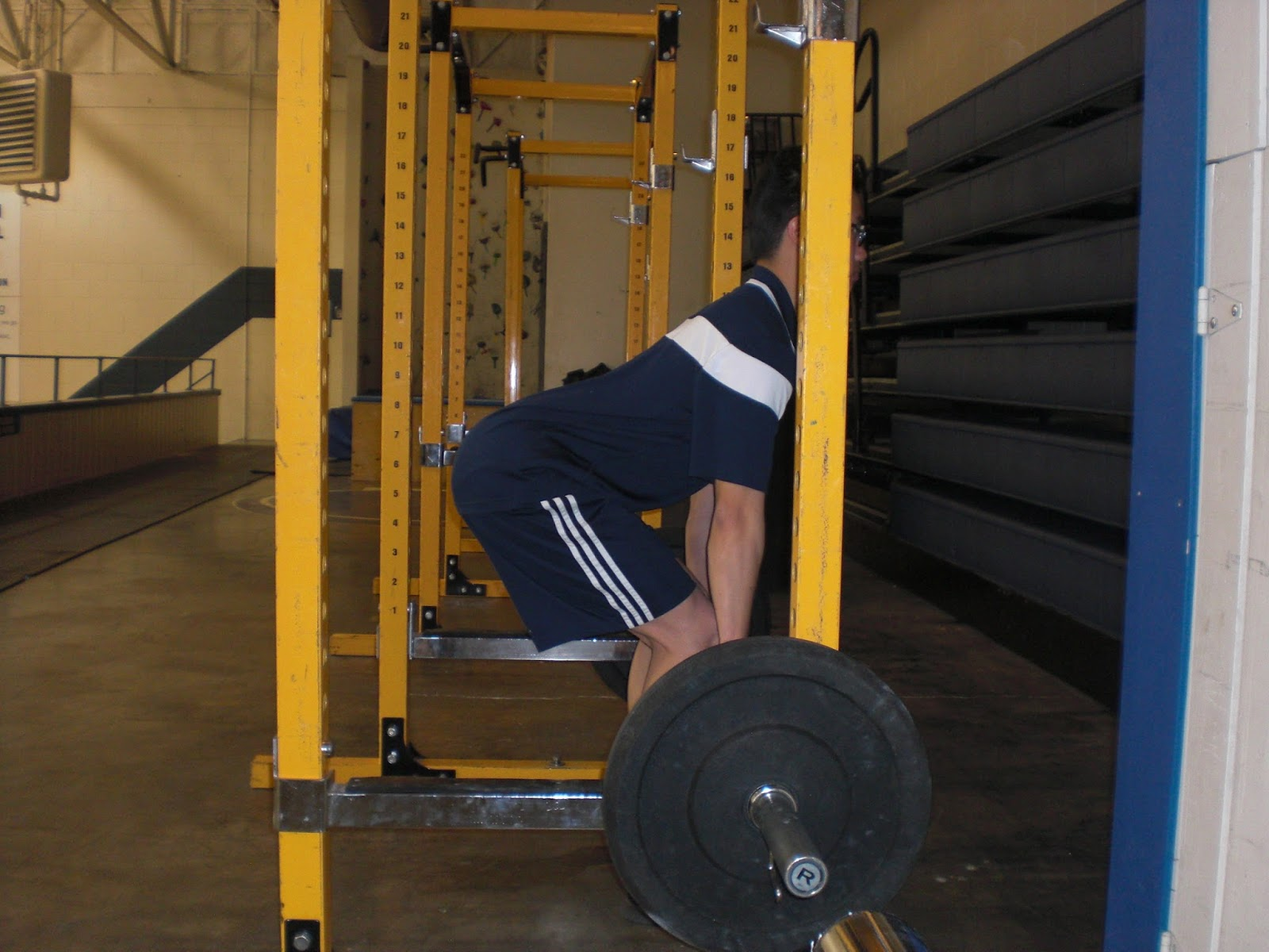 Andrew hemings blog deadlift right for your body type note the nice low back arch compared to the picture above falaconquin