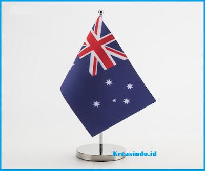 Harga Tiang Bendera Stainless Di Atas meja