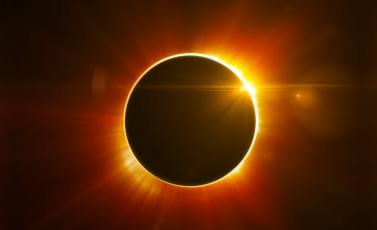 Gerhana Matahari - Ini Cara Rasulullah SAW Menghadapinya