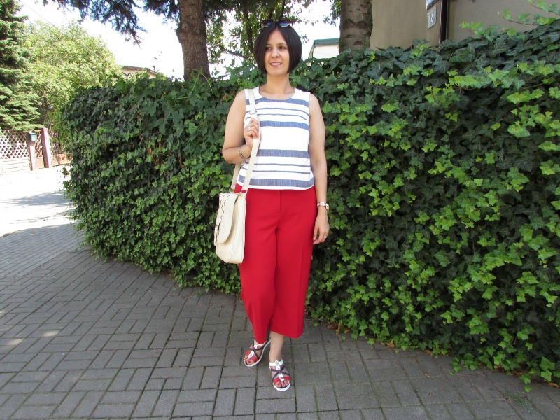 How to style red culottes