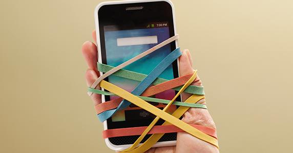 تطبيق خاص لمدمني الهاتف ، خصوصا من مستعملي الهاتف في الطريق