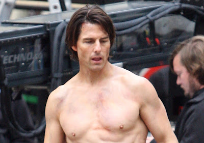 Tom Cruise Shirtless Body Pictures | Global Celebrities Blog