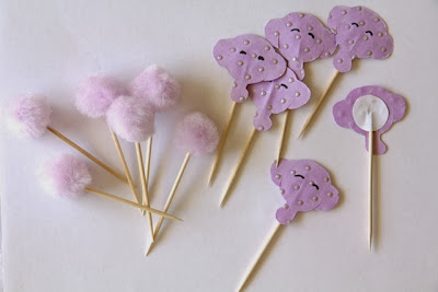 DIY Elephant Cupcake Toppers and pom poms