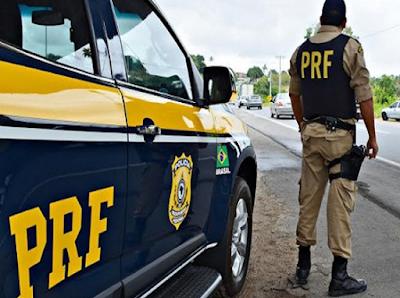 PRF é preso por intervir em assalto