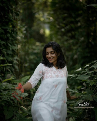 Actress Rajisha Vijayan latest hd images and photos