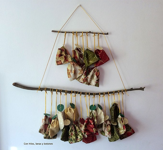 Con hilos, lanas y botones: DIY calendario de Adviento