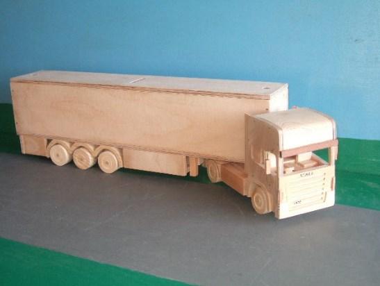 gambar truk kayu kontainer