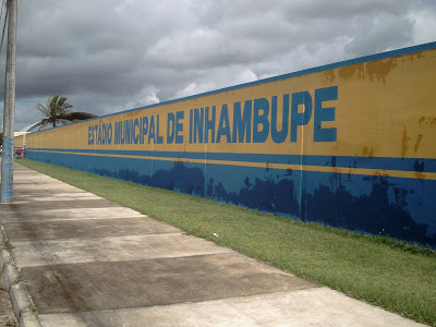 Prefeito de Inhambupe assina convênio para reforma do estádio Municipal  Ângelo Magalhães