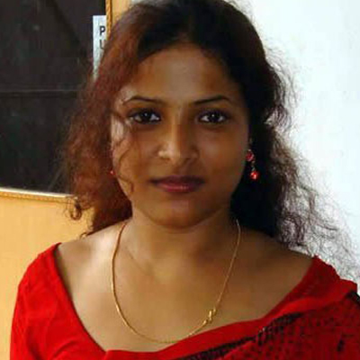 Hot Attractive South Indian Aunty HOT MALLU AUNTIES