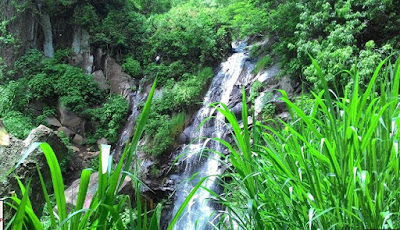 Waterfall Coban Women