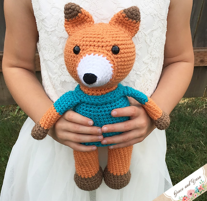 FREDRIC THE FOX FREE AMIGURUMI PATTERN – CrochetIdeasFree | 779x800