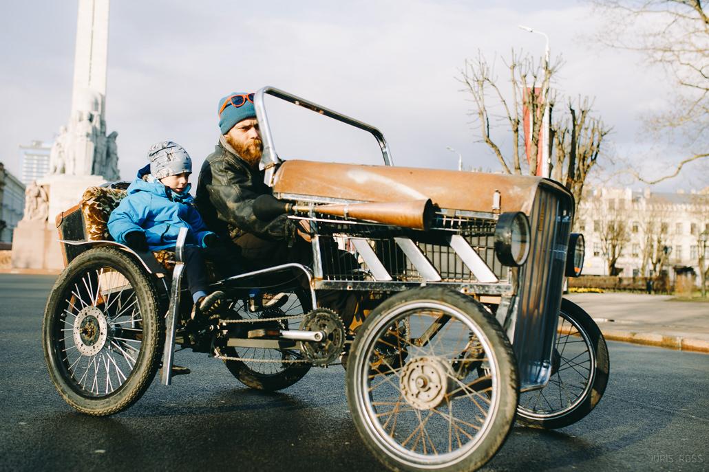 velomobīlis diviem braucējiem