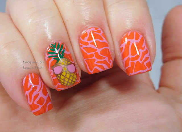 Les ananas: Winstonia Beach, Please! + Zoya Cam + Messy Mansion stamping polishes