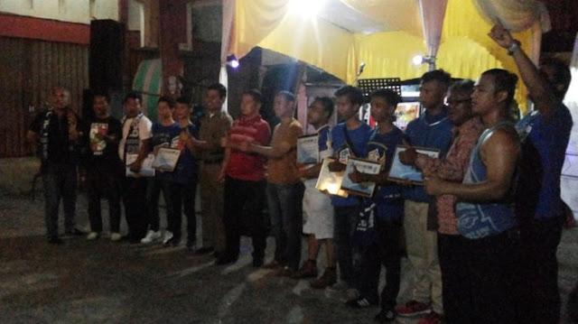 Acara Anniversary ke 15 Asykar Theking di Ruko Asykar Jalan Parit Indah, Pekanbaru, Sabtu malam, 24 Desember 2016 berlangsung meriah. Ratusan Asykar dari seluruh wilayah Pekanbaru dan Kampar hadir