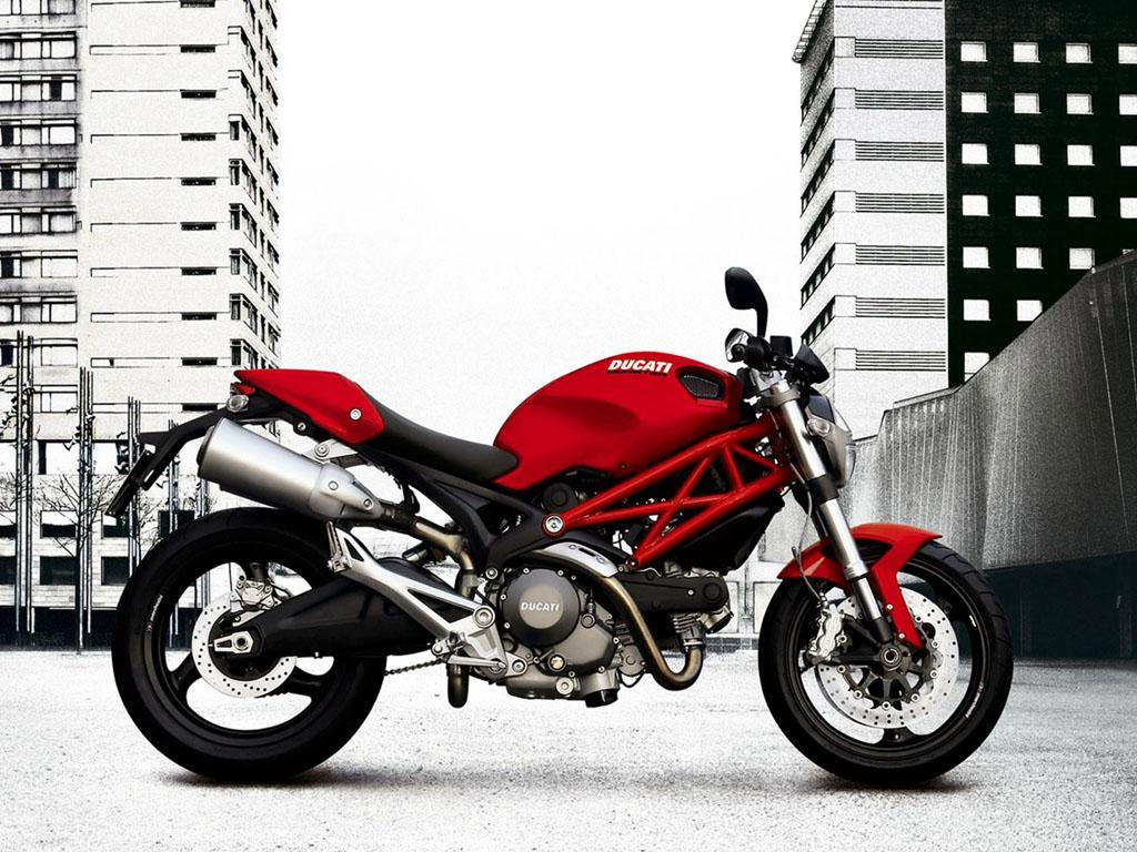 wallpapers: Ducati Monster 696 Motorcycle