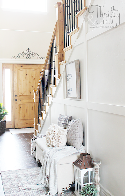 Summer decor and decorating ideas for entry way. Cottage farmhouse decor. White and neutral entry way. Two story entry way inspiration and ideas