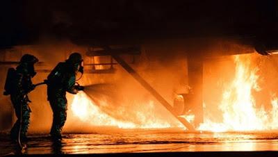 الطوارئ الروسية, حريق الطائرة بوينج, مطار سوتشي,