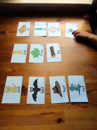 Free Printable Rhyming Sorting Game